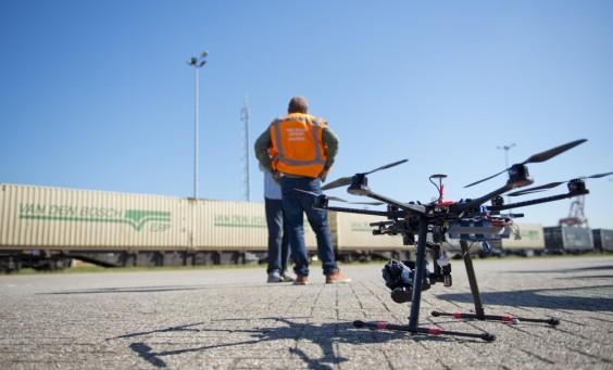 Inspekcje techniczne, budowlane i rolnicze z drona